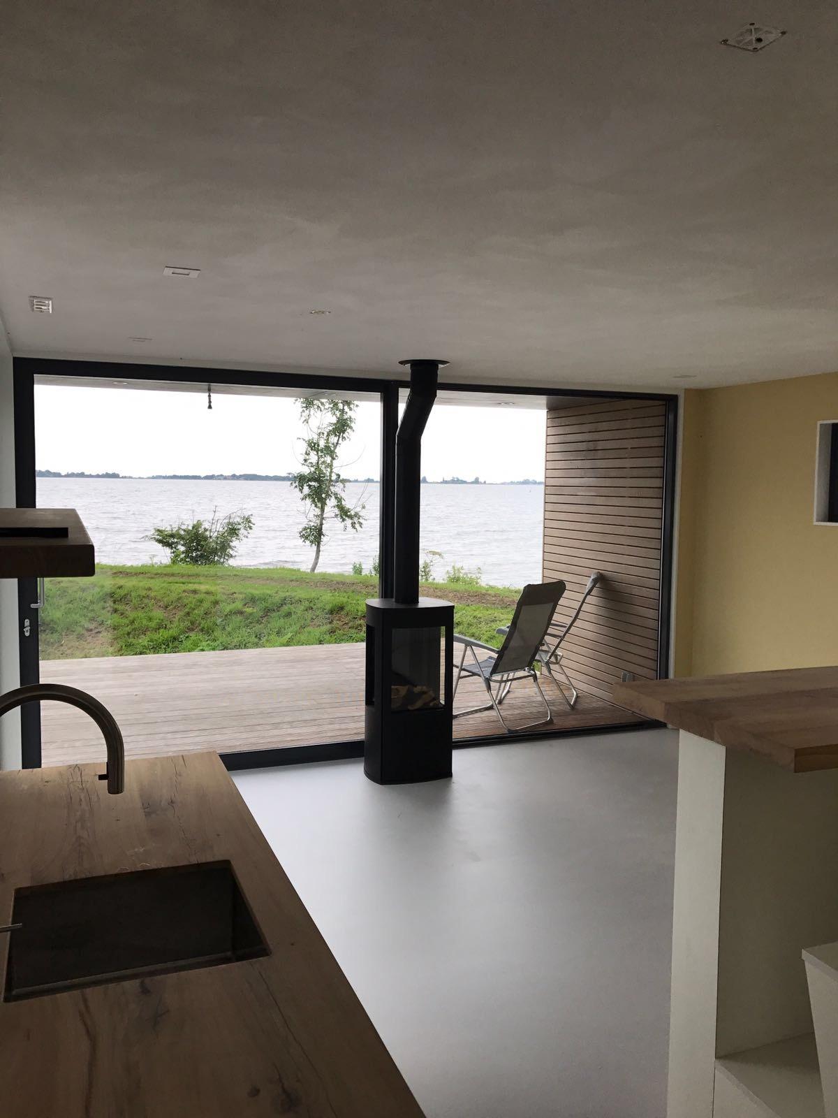 21 Vakantiewoningen Te Elahuizen 2