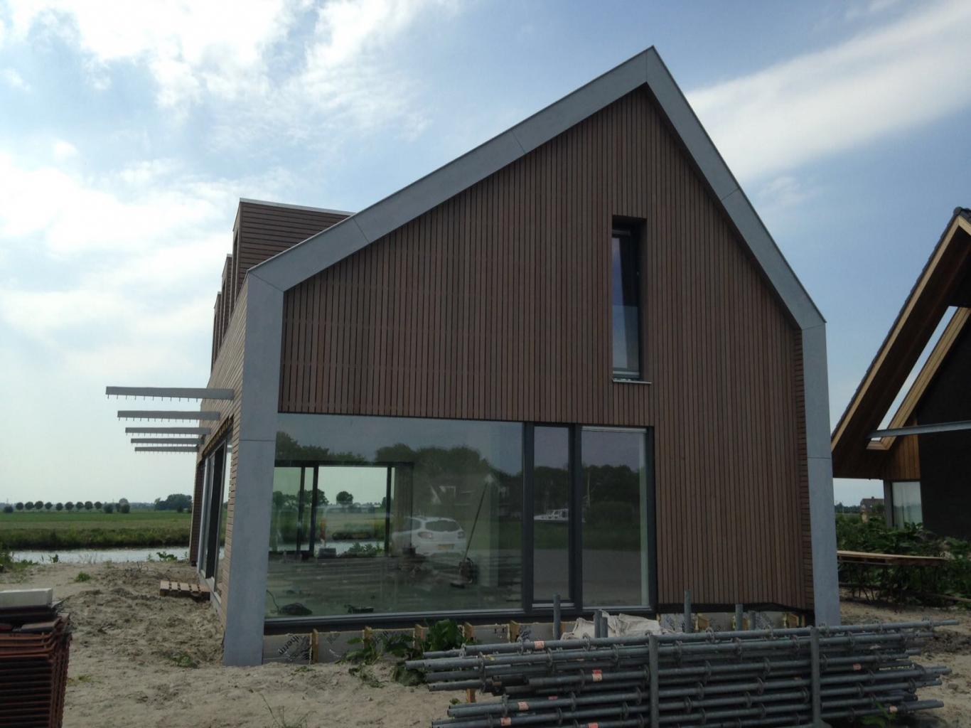 Nieuwbouw Woning Te Warga Voorgevel Red Cedar